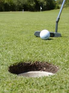 playing-golf